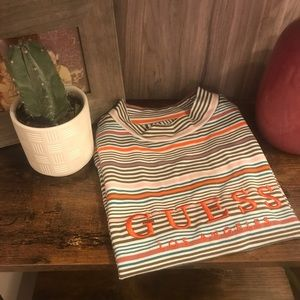Guess top NWT